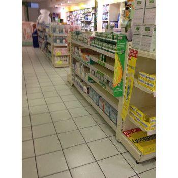 Tete de gondole centrale Pharmacie
