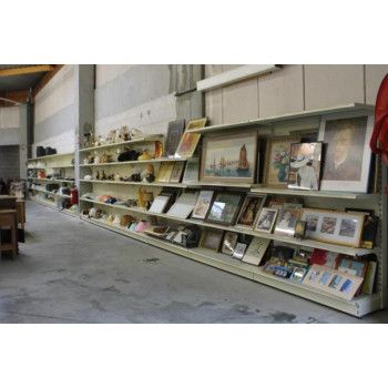 Amenagement magasin produits d'occasions depot vente