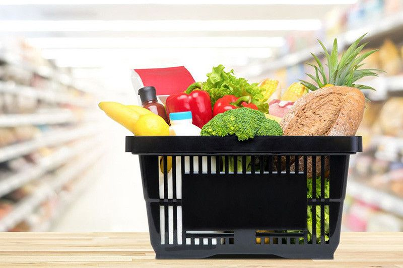Chariot de supermarché libre service - Rayonnage de Magasin