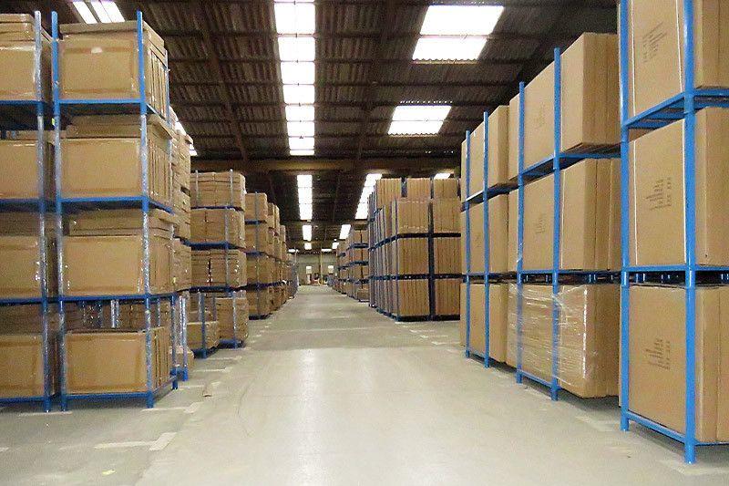 Rack mi-lourd et semi-lourd industriel - Rayonnage de Magasin